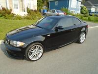 2008 BMW 135i Noir, Cuir Rouge, M-Pack