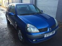 Bargain Renault Clio 1.2, full years MOT ready to go