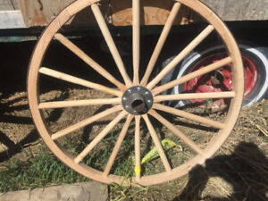 Wagon wheel landscaping sections