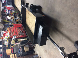 4 x 8 ft utility trailer 2200 Lb axle with tool box!