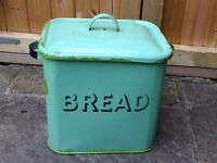 FAB VINTAGE RETRO KITCHENALIA LARGE GREEN ENAMEL BREAD BIN