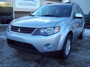 """2009 MITSUBISHI OUTLANDER """"ES"""" 4WD! All-Wheel-Drive! Only $7800!"""