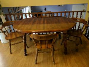 Pine Kitchen Table with 8 Chairs