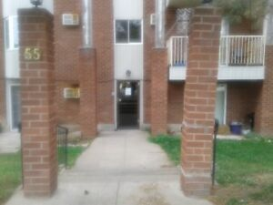 Welland - Large 2 Bedroom Close to Downtown