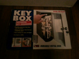 MOTORIZED KEYBOX FOR SALE! WORKS GOOD!