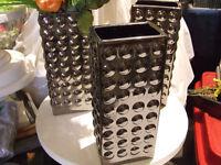 vases à vendre 5$ l'unité