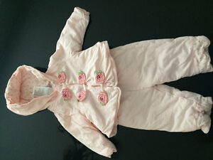 Winter pretty pink baby girl outfit West Island Greater Montréal image 1