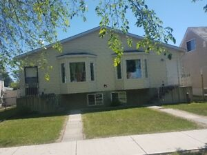 FOR RENT: DUPLEX Across from Vanguard College. Close to NAIT.