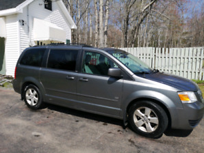 2009 Grand Caravan 25th anniversary Stow and Go
