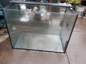 Fish tank and led lights 90 litres