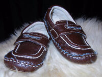 Boys Size 5 Circo Brown Loafer Shoes