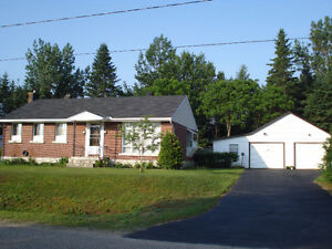 House Sale by Owner in Chalk River