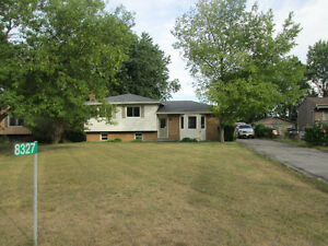 Renovated and Move-in ready Between Grand Bend & Pt Franks