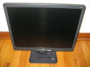 "15"", 17"", 20, 21"" Good Working LCD Monitors"
