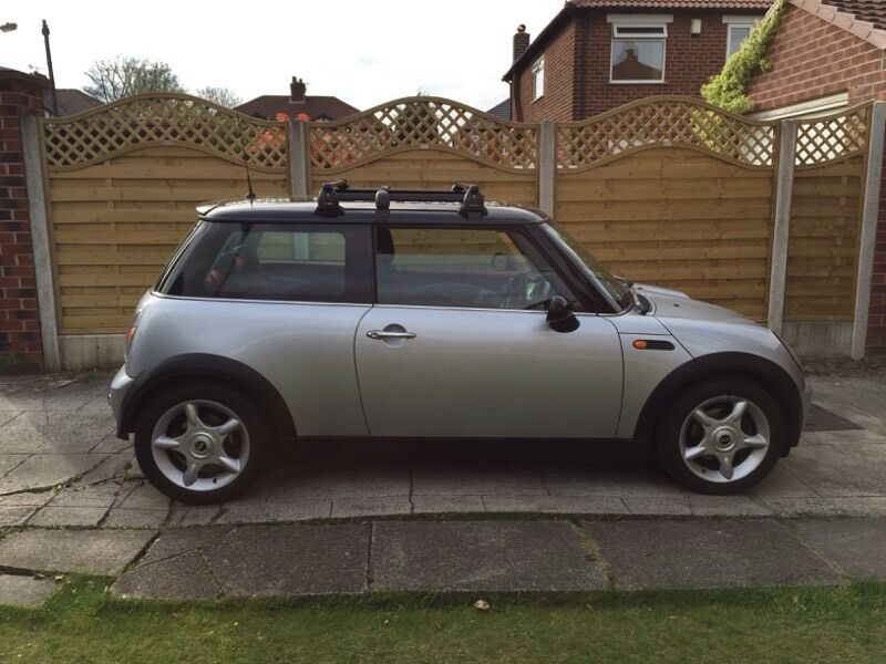 mini cooper or mini one roof rack or roof bars in stockport manchester gumtree. Black Bedroom Furniture Sets. Home Design Ideas