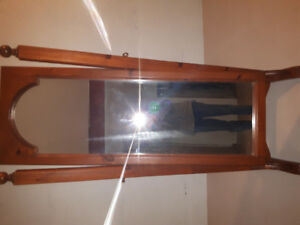 6 foot total standing mirror real wood in fantastic condition!