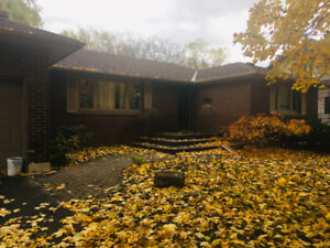 House For Sale By Owner (Ancaster)