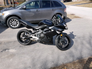 2011 Kawasaki ninja 400r $3200 Or trade