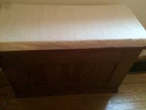 Solid pine bench/file