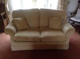 2 seater sofa - Gold