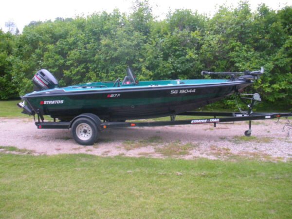 Used 1998 Stratos Boat Co 217F