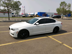 2011 BMW 550i for sale, LOW KMS