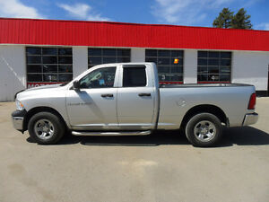 2012 DODGE RAM 1500 ST *4X4* TOW PACKAGE* CHROME PIPES*