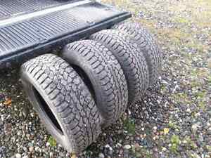 275 65 R18 Champiro Ice studded winter tires