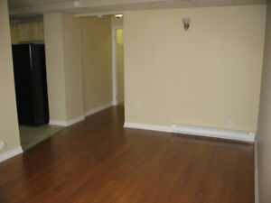 Great West End Location! 1 Bedroom Apartment on Quiet Street!
