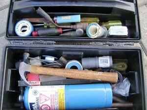 Petit coffre à outils AVEC outils