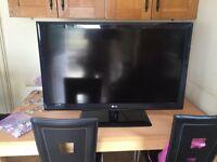 "Lg 42"" tv perfect conditionFor swaps iPad mini 2 or above"