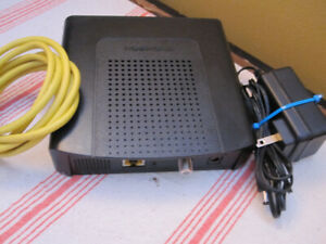 Modem DOCSIS 3.0 Works with Teksavvy , Start. ca