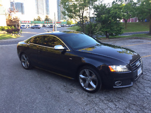 2011 Audi A5 2.0T Quattro. S Line. Blk On Blk.Technology Package