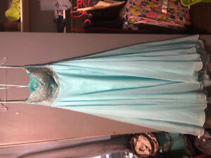 Prom dress for sale 150