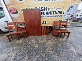 Solid solid Oakwood dining room table and 4 chairs £99