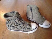 Girls Designer Studded Ash Hi-Top Shoes   Size 11