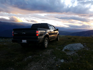 2010 F-150 HARLEY DAVIDSON EDITION. LOW KM