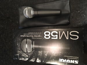 Shure SM 58 Cardioid Vocal Microphone