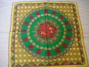 NWT-VERSACE-100-SILK-SCARF-34-034-x34-034-MADE-IN-ITALY