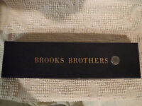 Brooks Brothers Tie / Cravate Brooks Bothers City of Montréal Greater Montréal Preview