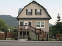 Available July 1st - Armstrong 3 Bedroom Upper Duplex