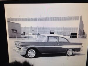 Wanted ...1957 pontiac for parts