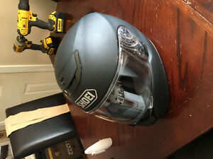 Lightly used Shoei qwest women's helmet