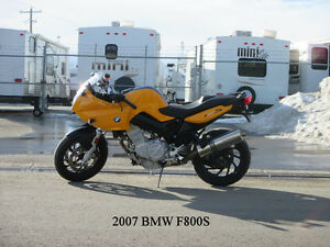 2007 BMW F800S - ONLY 17,000 KM & AKRAPOVIC EXHAUST!