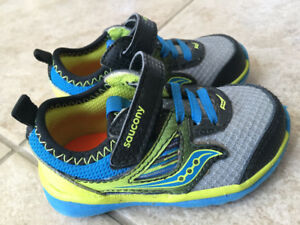 Saucony Baby Running Shoes EUC Size 4.5