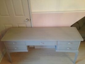Lovely dressing table / sideboard / unit