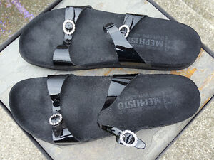 MEPHISTO WOMENS SANDALS, SIZE 42 BLACK Rhinestone Accents