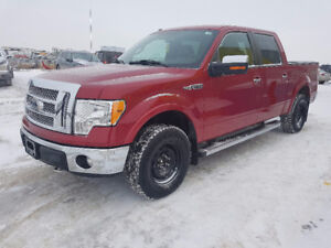 2011 Ford F-150 SuperCrew Lariat *Super low kms*