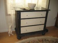 Beautiful, Solid Wood UPcycled, Chalk Painted Night Stand!