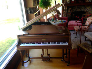 Magnificent Knabe baby grand built 1910 / restored in 2005